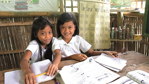 A number of public schools in the Philippines lacked school facilities and had limited educational materials, especially books. Some children had only heard of almanacs or encyclopedias but had never seen them. Others attended cramped classrooms with limited desk space and poor ventilation. Despite these difficult circumstances, children still enjoyed their time at school. Thankfully, World Vision partnered with the local government along with teachers and parents to provide better learning environments for children. World Vision donated books, chairs, tables, classrooms and other facilities to provide more inspiration for poor children to continue learning. Project Name: Aklan, South Cotabato, Himaya1 Funding: WV Canada South Asia Pacific